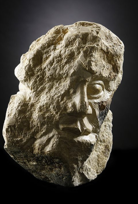 Stoneman – Realistic Stone Sculpture